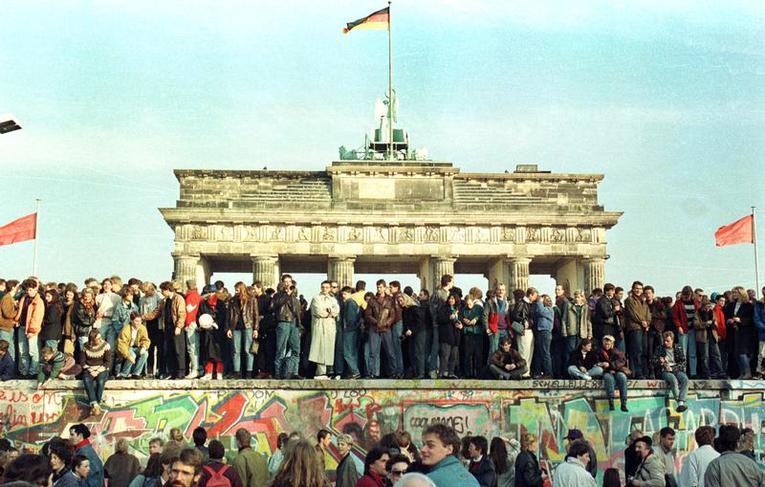 Il y a 60 ans, le mur de Berlin s'érigeait, divisant le monde...