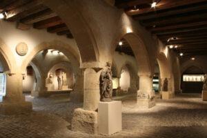 Vue intérieure du Musée de la cour d'Or, principal musée de Metz avec le Centre Pompidou