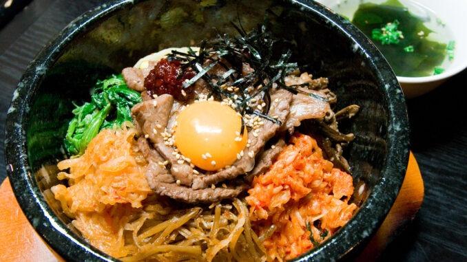 Le bibimbap, plat typique coréen.