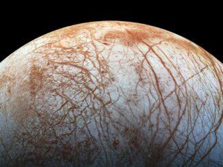 Europe : le satellite de Jupiter qui pourrait bien abriter la vie