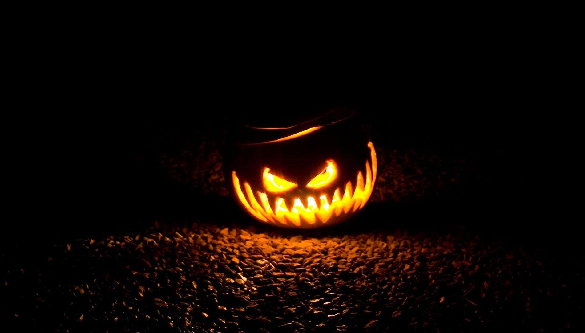 """Spécial Halloween : """"Une rencontre dans les collines"""""""