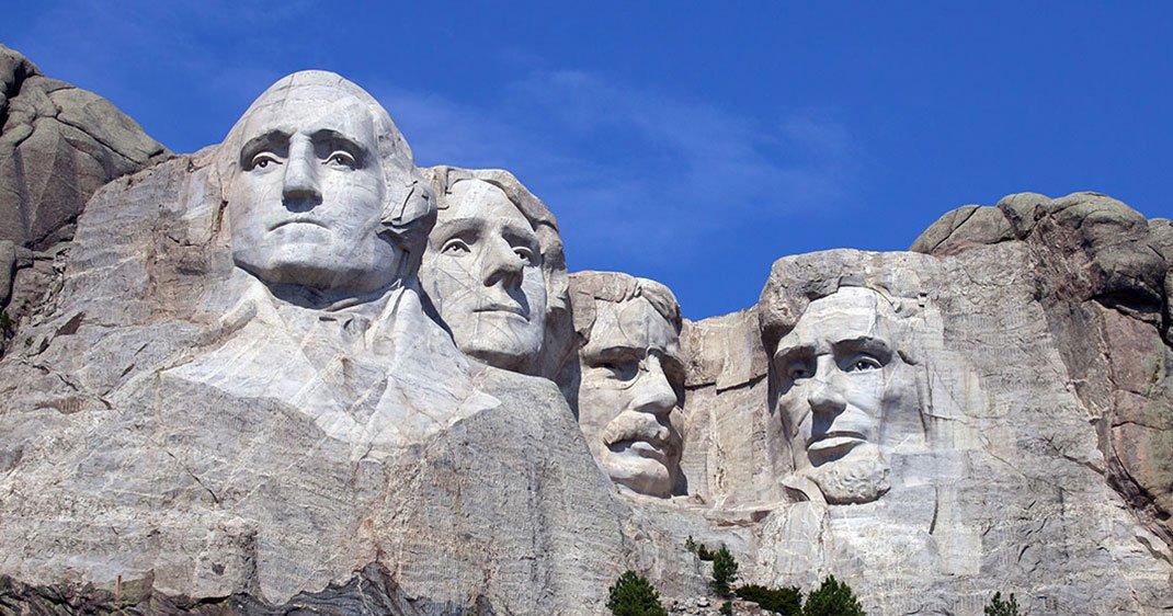 Qui sont les 4 Présidents du Mont Rushmore et que représentent-ils ?
