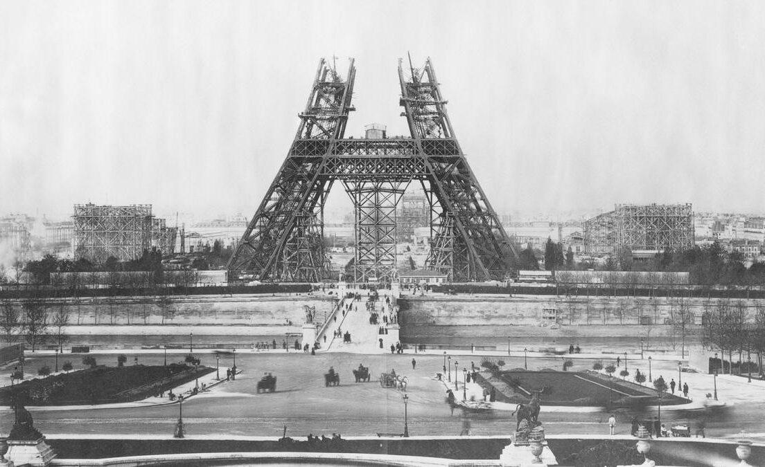 Comment la science et la guerre ont sauvé la Tour Eiffel de la destruction