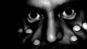 Le syndrome d'Ekbom est un délire monothématique à mécanisme hallucinatoire.