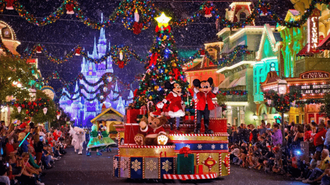 "Disneyland : le magasin ""World Of Disney"" ouvre dans Disney Village pour Noel 2020"