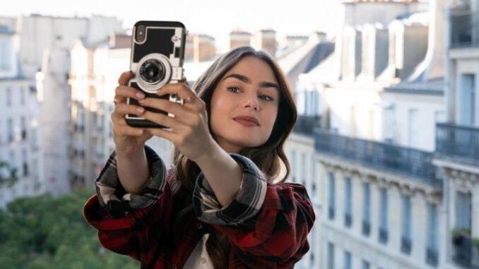 """Comment """"Emily in Paris"""" s'est en partie inspirée d'une histoire vraie"""
