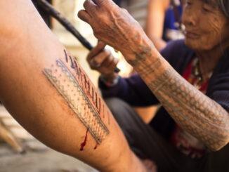 Le Batok, tatouage traditionnel des Philippines, va-t-il disparaître ?