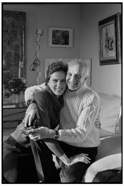 Martine Franck et Henri Cartier-Bresson photographiés par André Kertesz avec l'appareil de Martine Franck, 1980 - Cultea