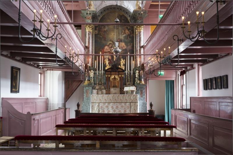 Amsterdam : une église cachée, vestige de l'interdiction du culte catholique