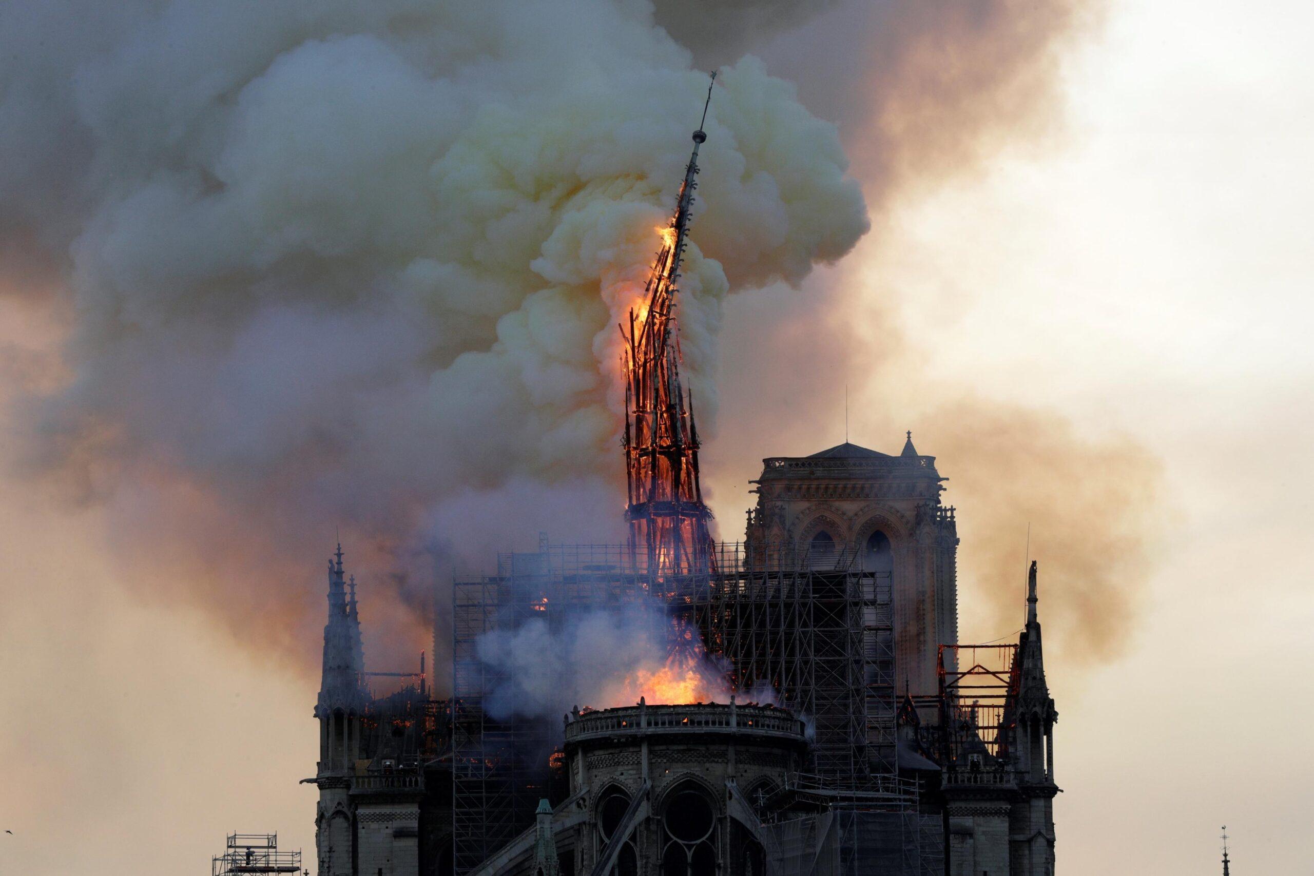"""""""Notre-Dame brûle"""" : le tournage du film commence à Bourges !"""