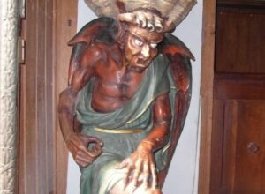 Statue de sous-fifre à Rennes-le-Château - Cultea