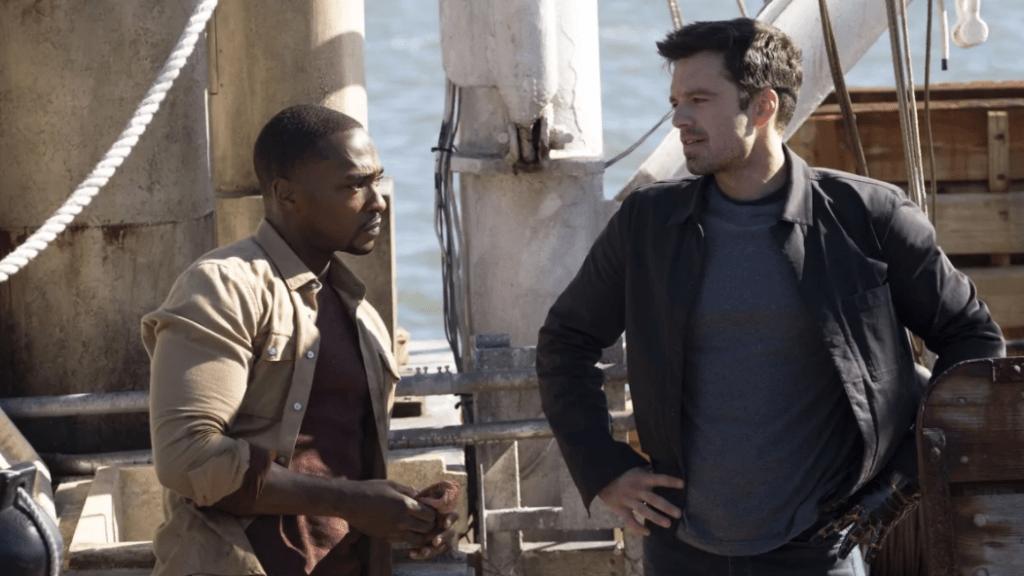 Sam Wilson (Anthony Mackie) et Bucky Barnes (Sebastian Stan) dans Falcon et le Soldat de l'hiver - Cultea