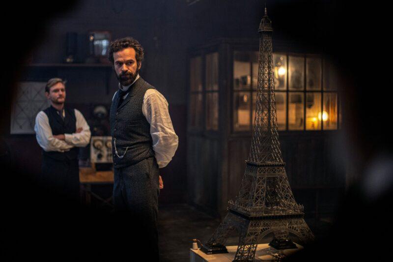 """""""Eiffel"""" avec Romain Duris arrivera en salles cet été ! - Cultea"""