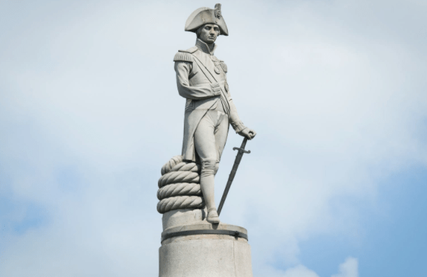 Statue de l'amiral Nelson à Trafalgar Square, à Londres - Cultea