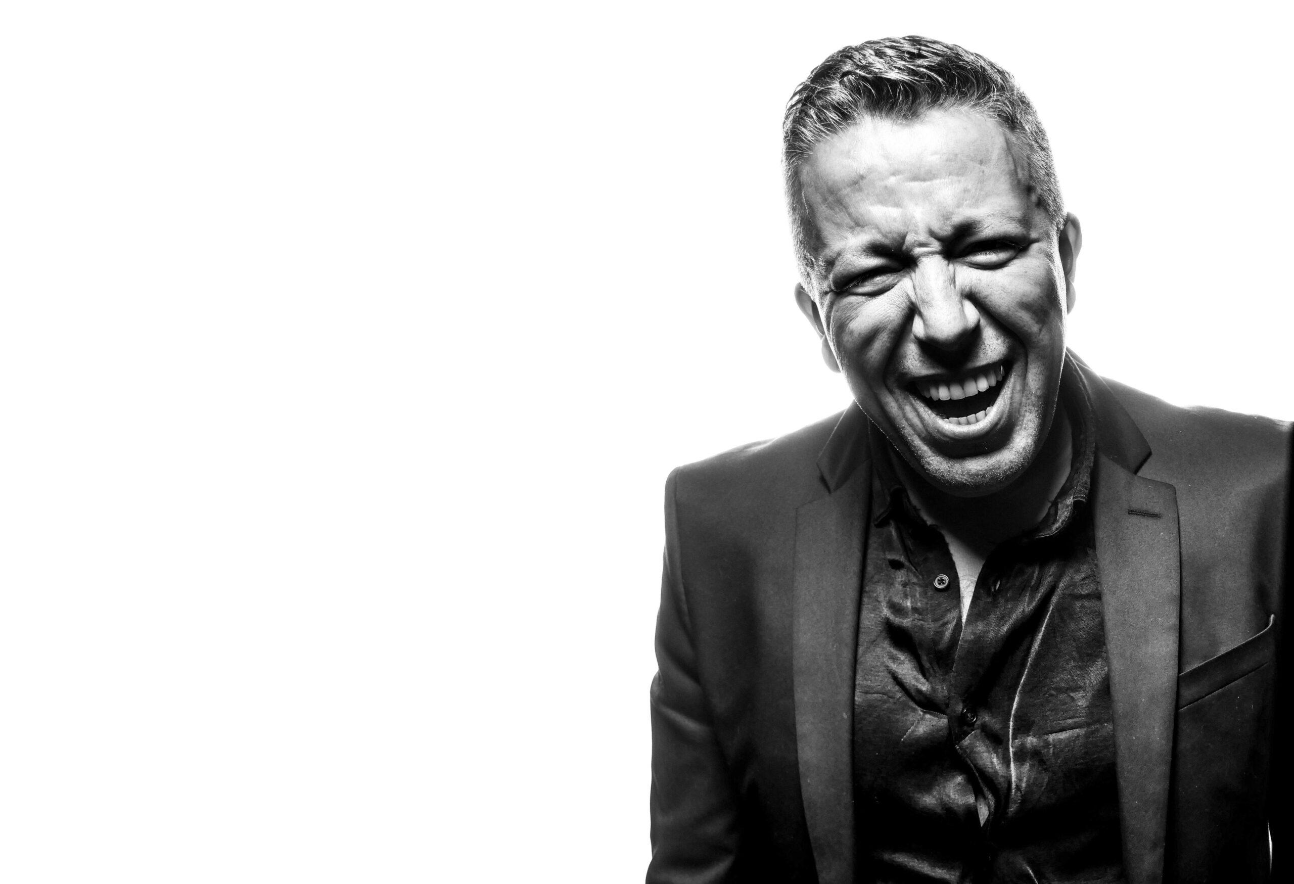 """Salah Khaïli frappe fort avec son album """"Rock Da House"""" - Cultea"""