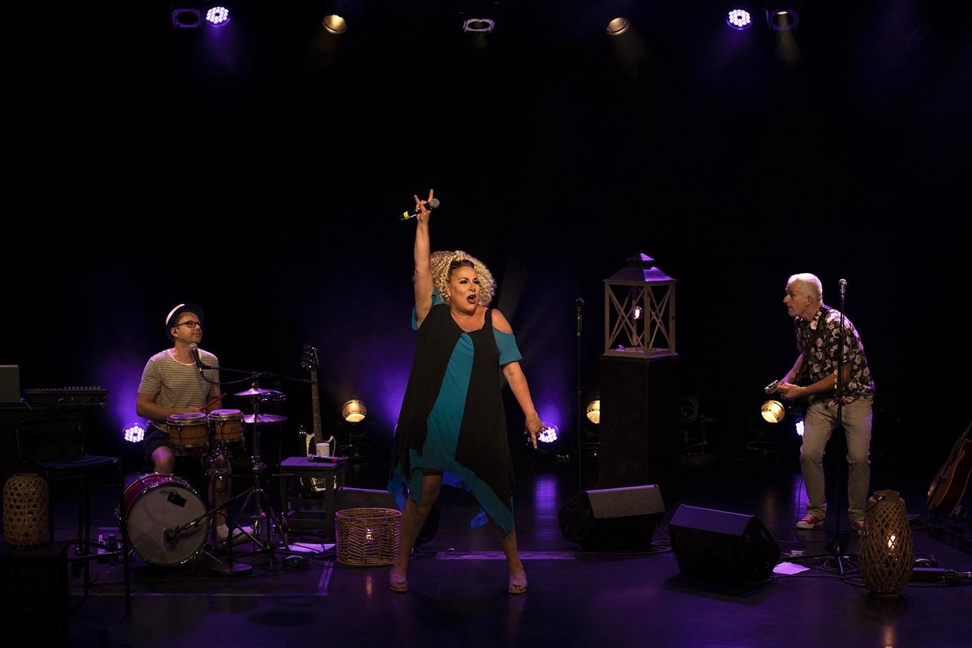 « Les Adieux de Tatie Jambon », le retour sur scène de Marianne James à Paris