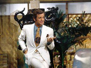 """Belmondo : """"le magnifique"""" et """"l'as des as"""" s'en est allé... (Le Magnifique)"""